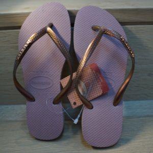 Havianas sandals
